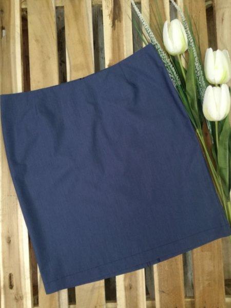 Дамска пола в синьо